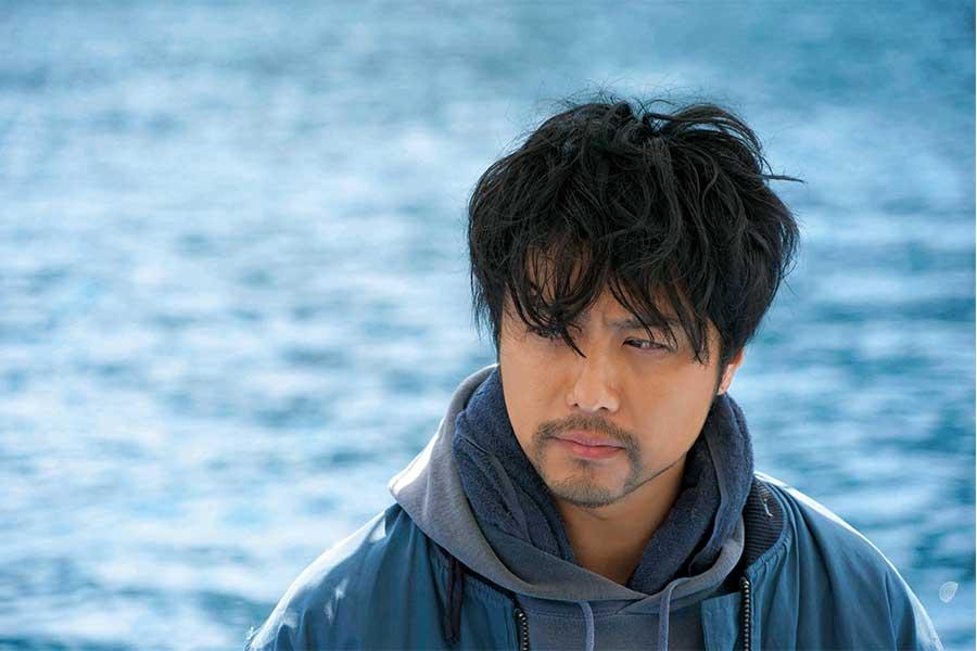 TAKAHIRO初の長編単独主演作「僕に、会いたかった」で無精ひげを伸ばしたワケ