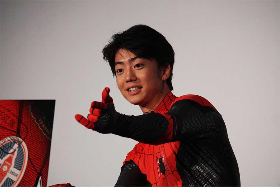 「今までにないパワーアップしたスパイダーマン」を実演…伊藤健太郎が綱渡りで身体能力を発揮
