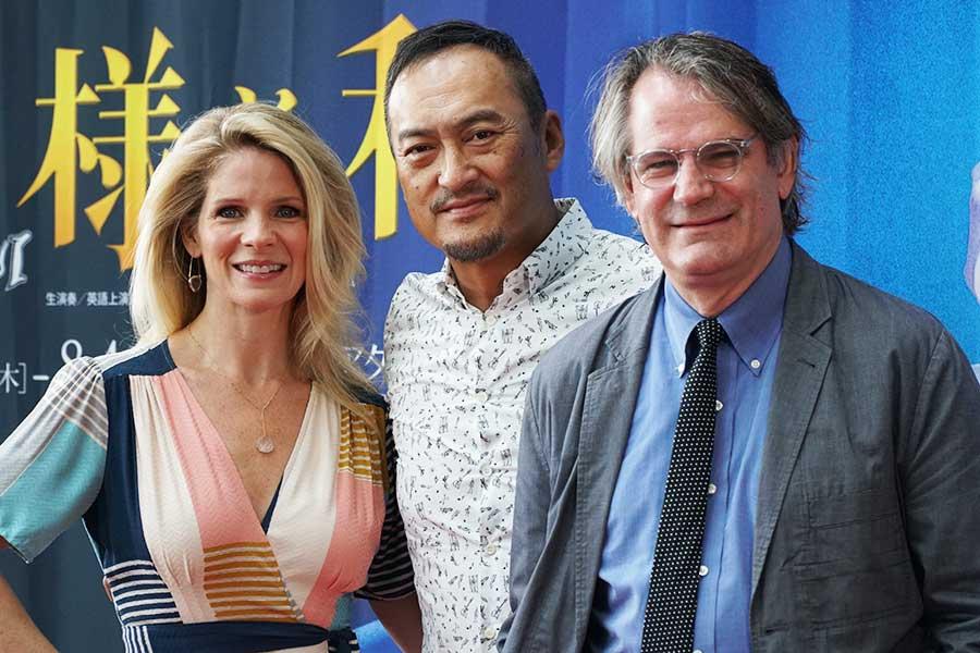 会見したケリー・オハラ、渡辺謙、 演出のバートレット・シャー(左から)