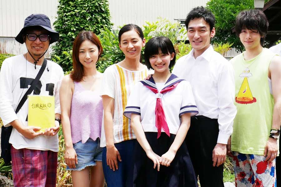 草彅剛インタビュー第2弾「『台風家族』では、きっと恥ずかしい自分が出ている」