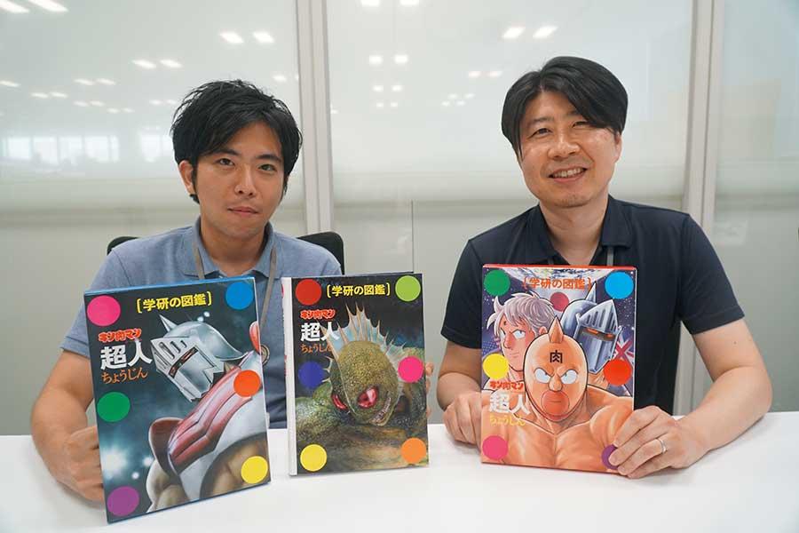 編集担当の芳賀氏(右)と杉田氏