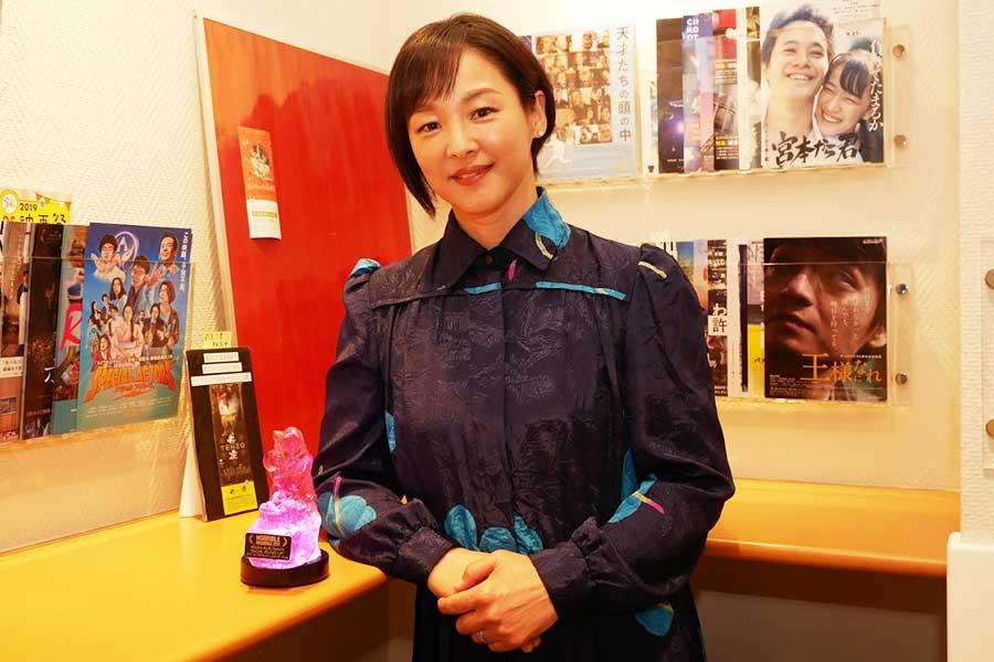 """きっかけは""""耳鳴り""""…演技派女優・黒沢あすかが明かす映画「積むさおり」誕生秘話"""