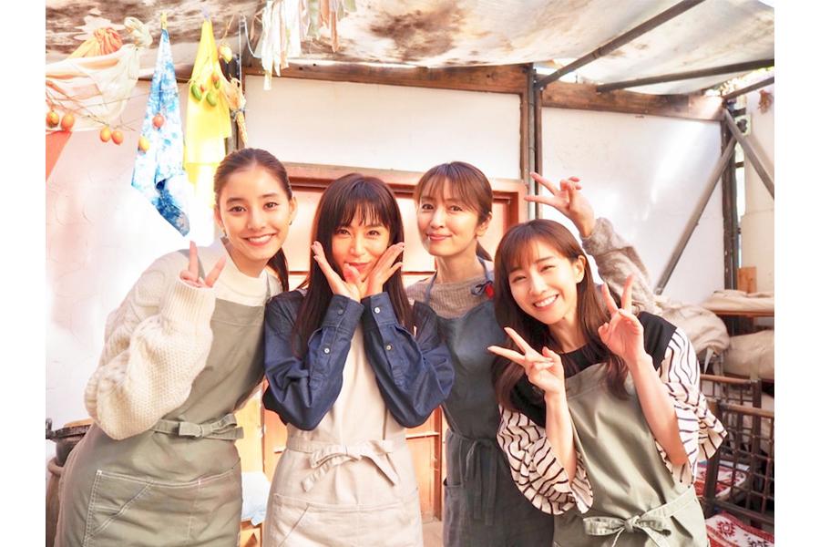 新木優子 共演美女との4ショットに「凄いオフショット」「美女しかいない」