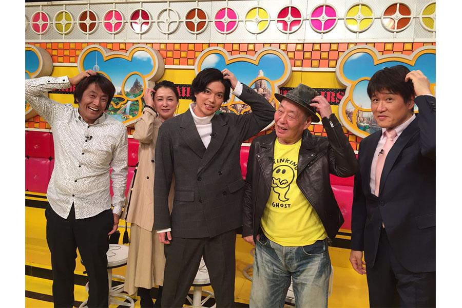「ネプリーグ」で加藤シゲアキ(左から3人目)らが奮闘をみせた (C)フジテレビ