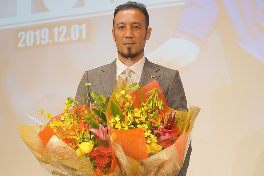 サッカーの現役引退を発表した田中マルクス闘莉王