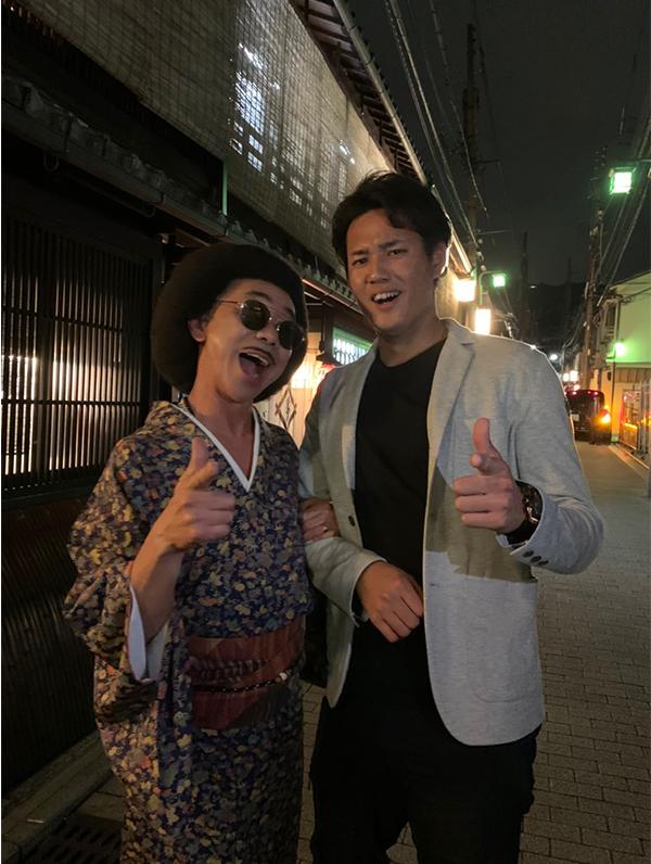 「藤浪くんキャンペーン参加!!」と阪神タイガースの藤浪晋太郎選手の2ショットを公開