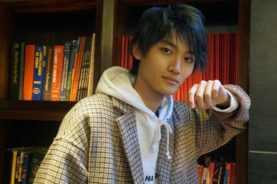 「デスノート THE MUSICAL」にエル役で出演している高橋颯