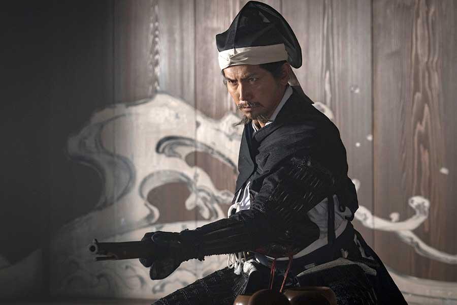 """大河「麒麟がくる」で""""怪演""""…最後に毒殺されたイケメン俳優は誰?"""