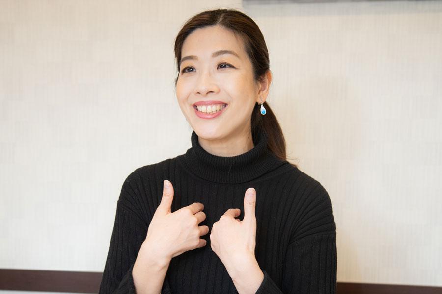 【ズバリ!近況】「NHKニュース7」で高い人気を得た美人気象予報士・半井小絵さんは女優になっていた!