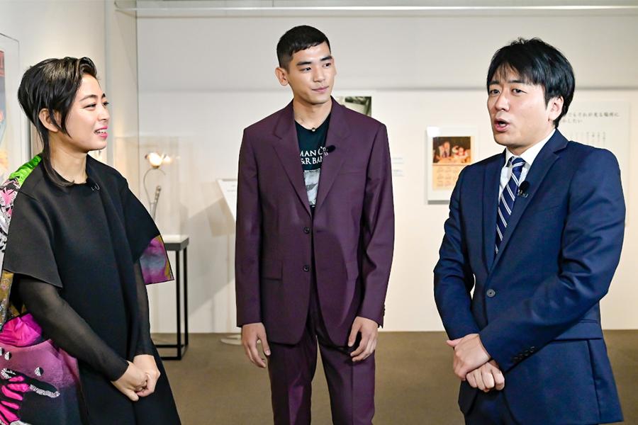 (左から)ゲストの内田也哉子、UTA、安住紳一郎TBSアナウンサー (C)TBS