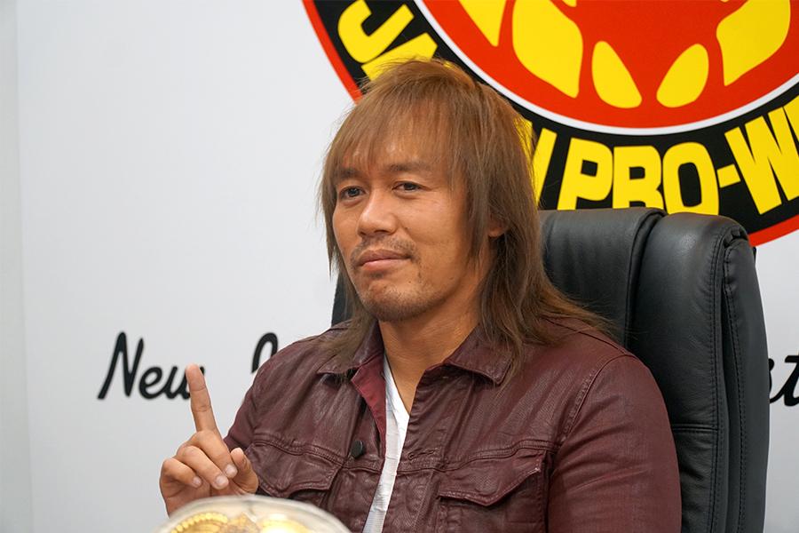 2冠王者となった内藤哲也が会見を開いた