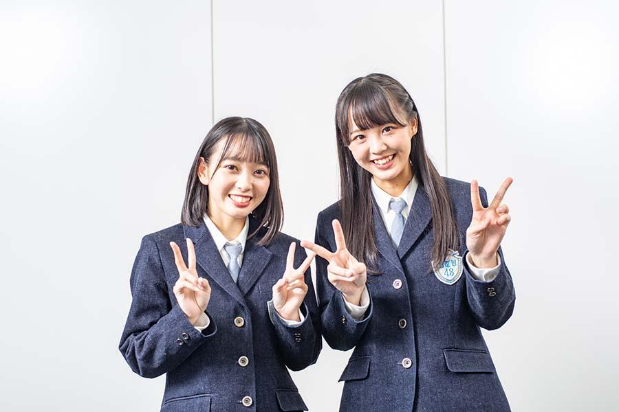 石田みなみ(左)と副キャプテンの福田朱里【写真:山口正人】