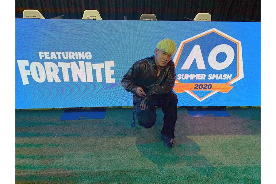 豪州で開催の「フォートナイト」世界大会に出場したELLY/CrazyBoy(LDH提供)