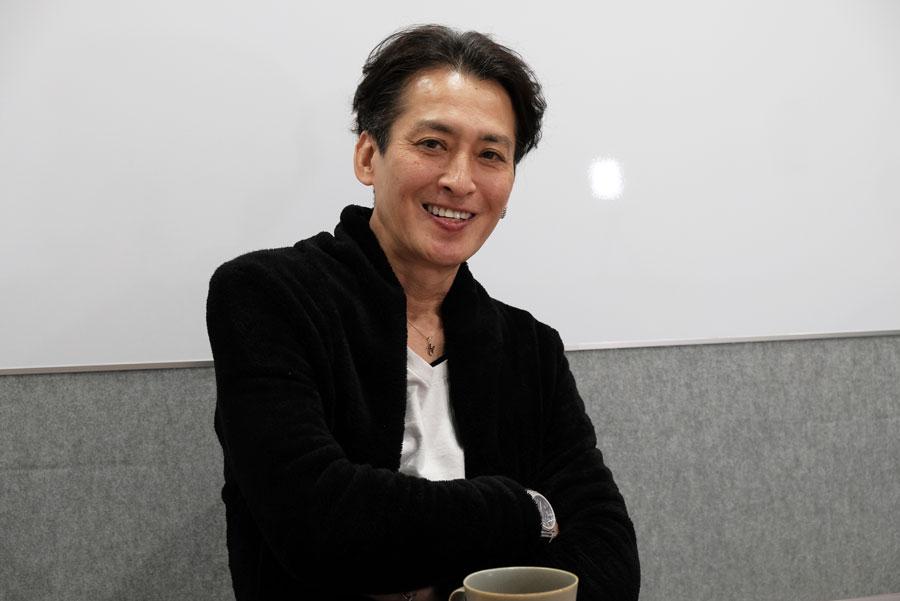 YouTubeチャンネル「みきおちゃんねる」を始めた大沢樹生さん【写真:山田隆】