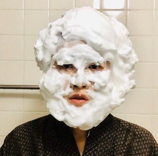 「洗顔ものまね・ゆり」が投稿した「IKKOさん」(ツイッターより@sugiura16738120)