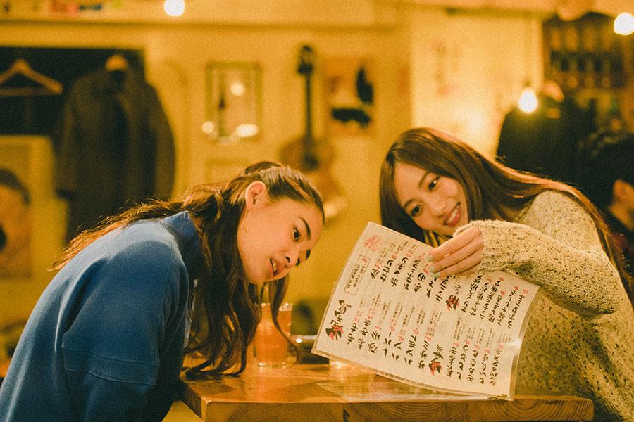 """女子たちが夜の東京を舞台に""""偏愛""""を語る…WOWOW「東京アフタートーク」YouTubeで公開"""