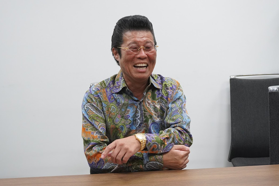 """カリスマ""""ヤンキー先生""""が東進からYouTubeに転身したワケ、吉野敬介氏が激白"""