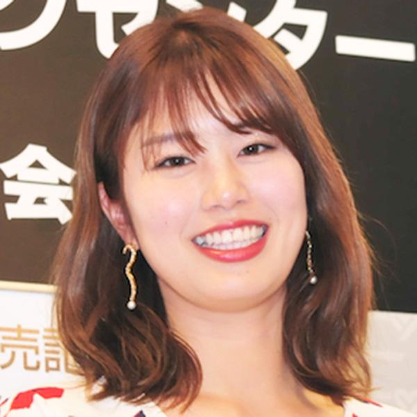 笑顔がキュートな稲村亜美