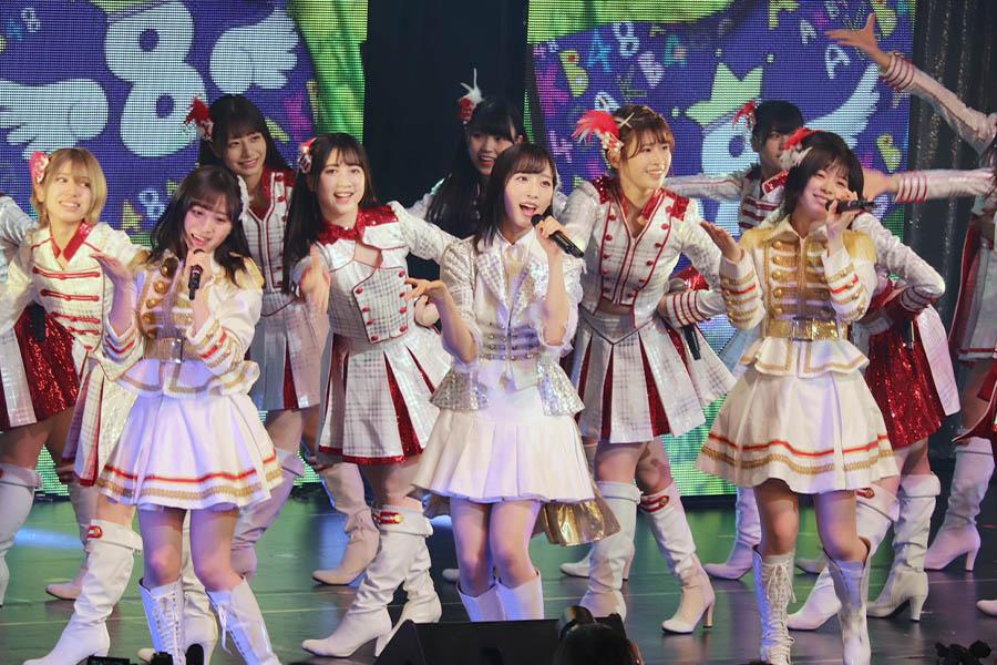 """アイドルがおうち時間の""""楽しみ""""を続々提供 「AKB48」チーム8、11人が自宅ダンス撮影、生活スタイル公開"""