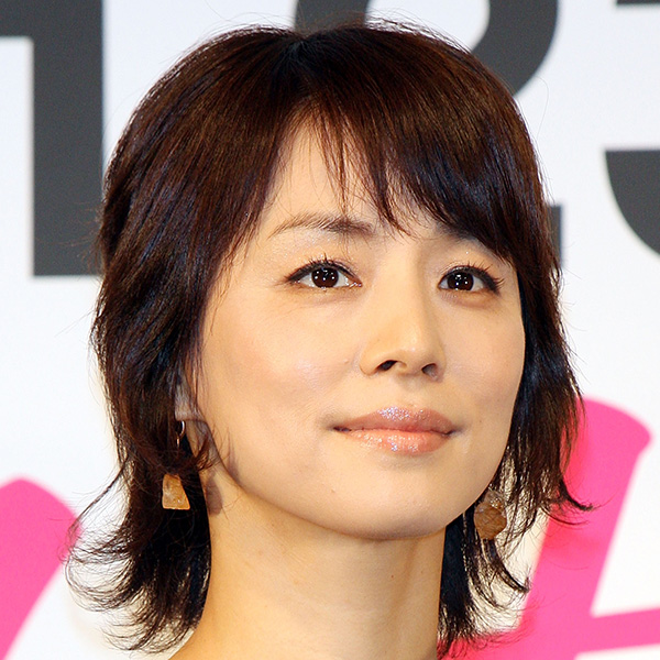 石田ゆり子が歌う星野源の「うちで踊ろう」に反響の声続出!【写真:Getty Images】