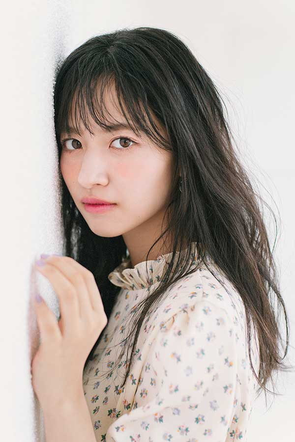 Rayの専属モデルに決定した乃木坂46の金川紗耶