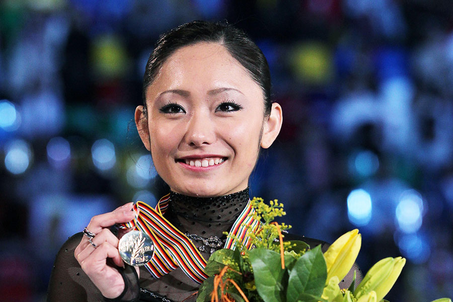 安藤美姫、4か月ぶりの氷上でジャンプを披露 華麗に舞う姿に「氷の上が1番美しい」