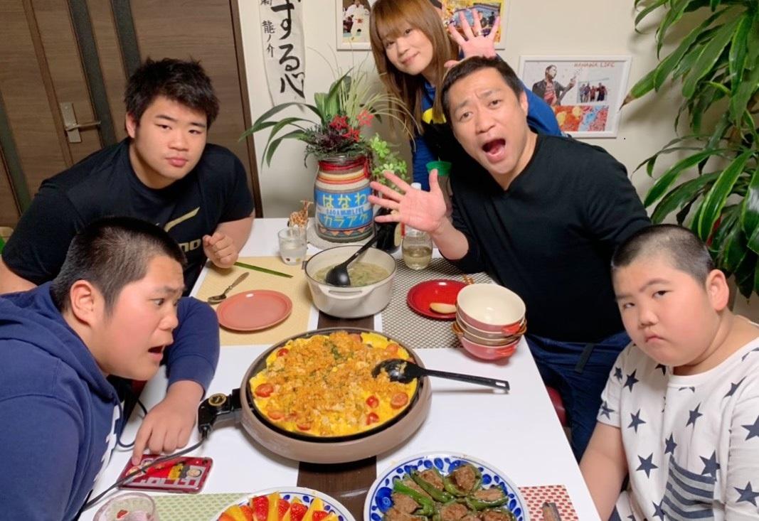 【ズバリ!近況】はなわは佐賀で自粛生活 家族の自然な姿を流すYouTubeチャンネルを貴景勝らも楽しんでいる