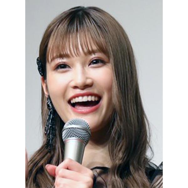 生見愛瑠のハートマークポーズにファン悶絶「これ!どタイプ」「ハートは反則」