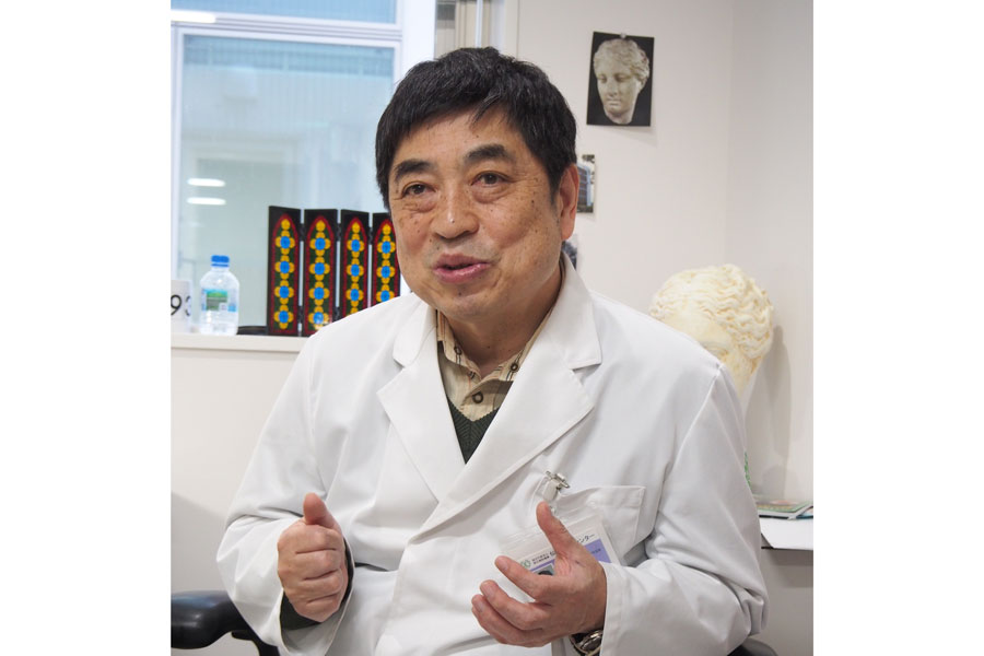 呼吸器系ウイルス感染症が専門の西村秀一博士