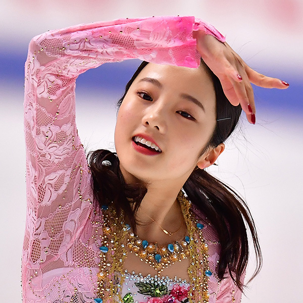 本田真凜&小籔千豊 おそろいポーズの2Sにびっくり「美女と野獣やね」