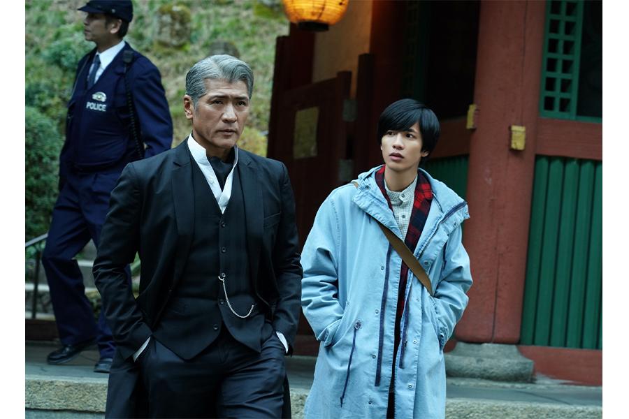 吉川晃司、主演ドラマで名探偵に!!美しい白髪の紳士…「普通のドラマなら僕には声をかけないでしょう(笑)」