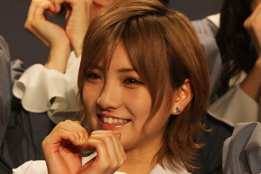 「AKB48」、「STU48」の岡田奈々