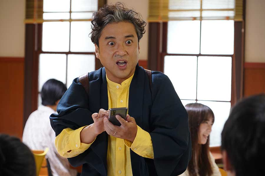 ムロツヨシ主演の「親バカ青春白書」が8月2日に放送開始 新垣結衣も約2年ぶり連ドラ出演