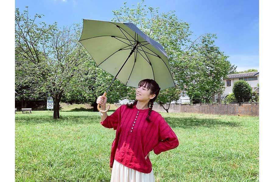 """石川恋、ガーリーな""""三つ編みおさげ姿""""を披露 ファン悶絶「可憐、の一言に尽きます」"""