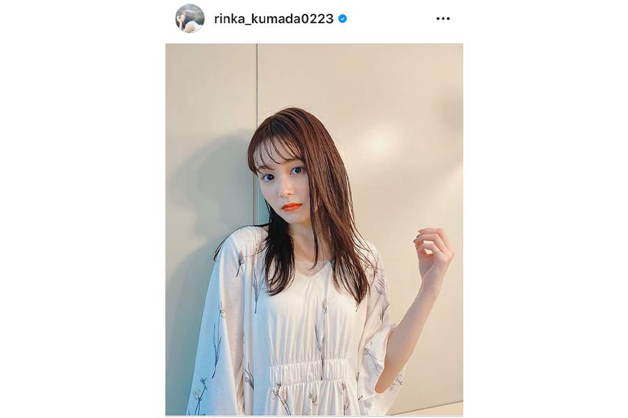 久間田琳加、肩出しワンピでファンを魅了「透明感すごい」「美しすぎるお姫様」