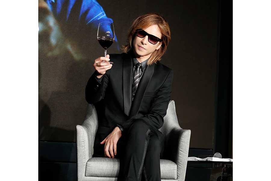YOSHIKIプロデュースの高級ワインが人気