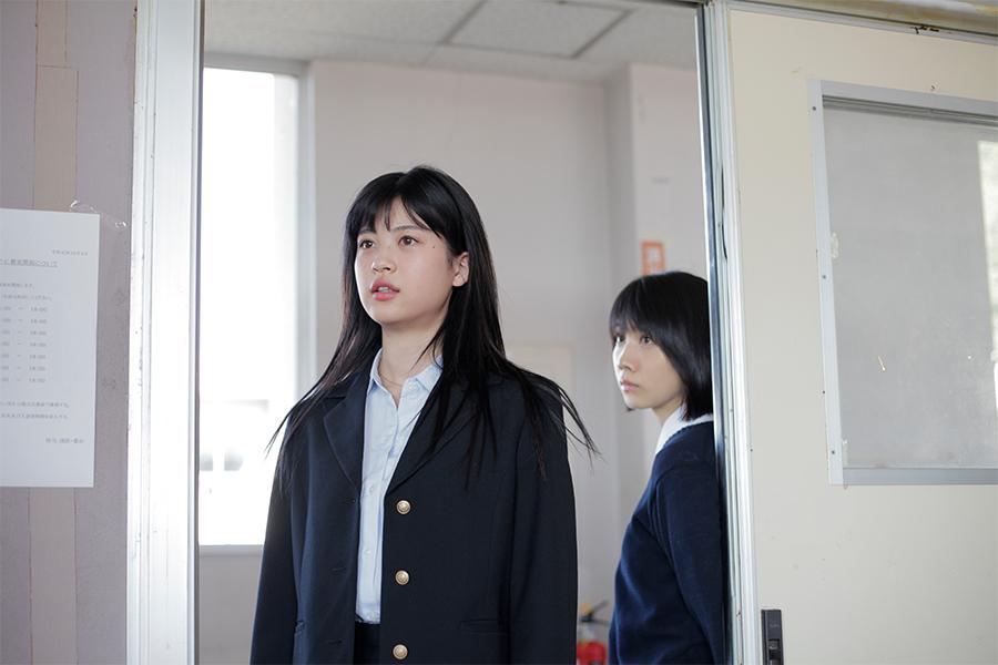 中田青渚が松本穂香と共演した映画「君が世界のはじまり」場面カット(C)2020「君が世界のはじまり」製作委員会