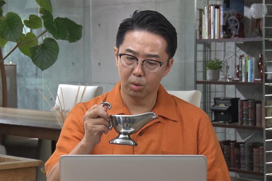 「DMM英会話」の3年ぶり新作CMに出演する矢作兼【写真提供:株式会社マテリアル】
