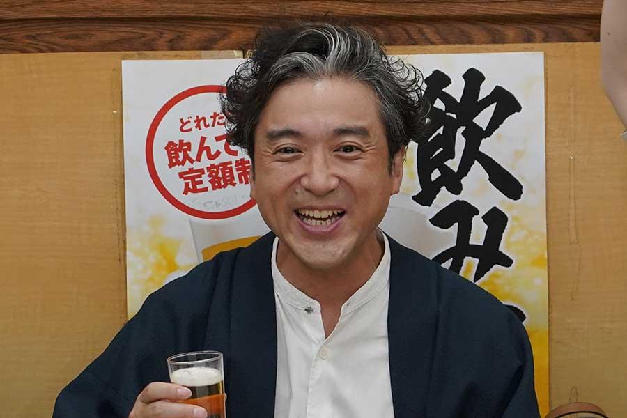 「親バカ青春白書」主演のムロツヨシ【写真:(C)日本テレビ】