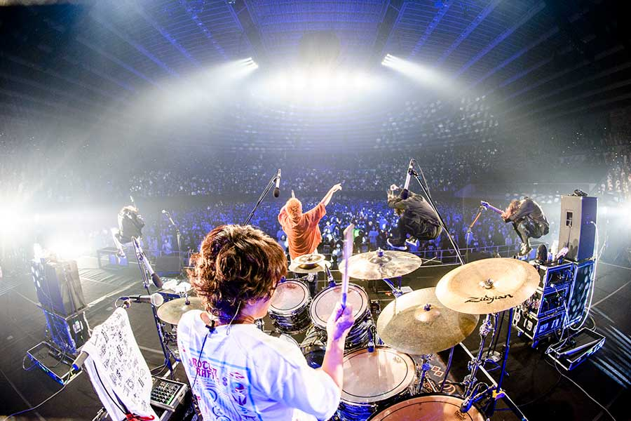 "「Osaka Music DAYS!!! THE LIVE in 大阪城ホール」に登場したROTTENGRAFFTY【撮影:日吉""JP""純平、Yukihide""JON..."" Takimoto】"