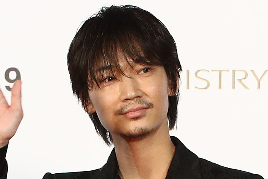 「MIU404」に出演している綾野剛【写真:Getty Images】