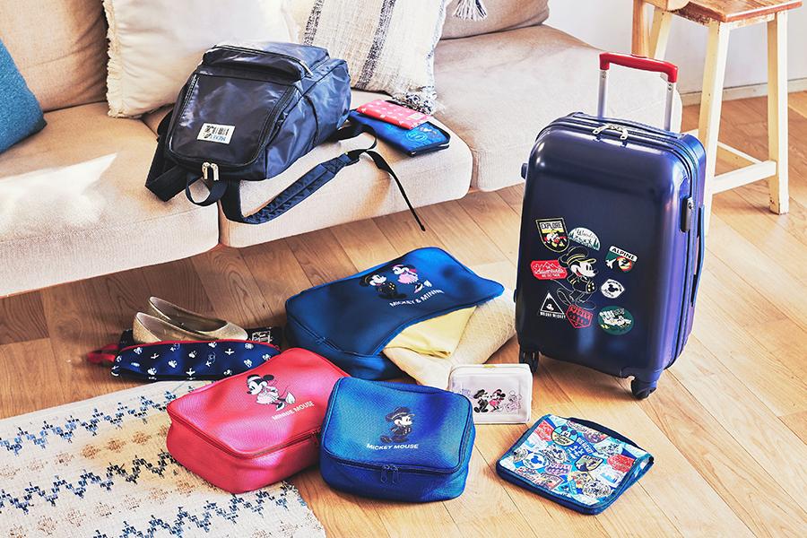 ミッキー&ミニーがスーツケースやバックパックに! (C)Disney