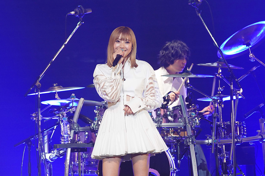 「a-nation2020」Blue Stageに出演した安斉かれん