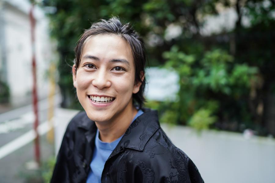 佐野岳がBL、特撮ヒーロー、悪役を語る「クセのある役は楽しいです」
