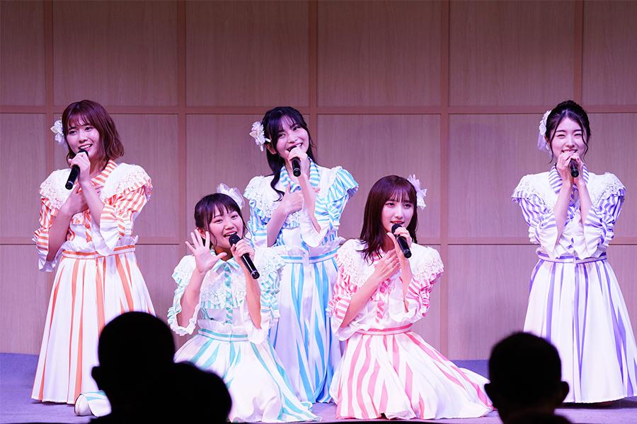 AKB48が誇る癒し系新ユニット「HONEY HARMONY」【写真:(C)AKB48】