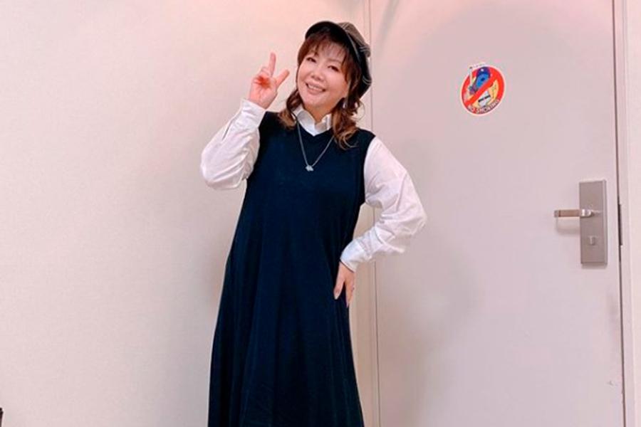 小川菜摘【写真:インスタグラム(@natsumi1230)より】
