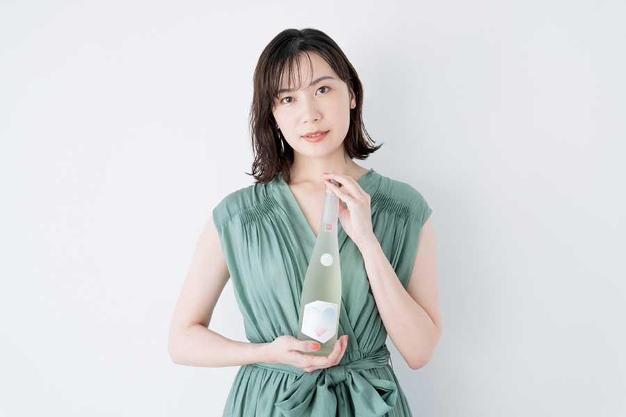 「居酒屋に一人でふらっと」村川絵梨が明かす日本酒プロデュースの制作舞台ウラ