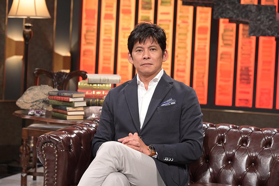 「ヒューマニエンス」でMCを務める織田裕二【写真:(C)NHK】