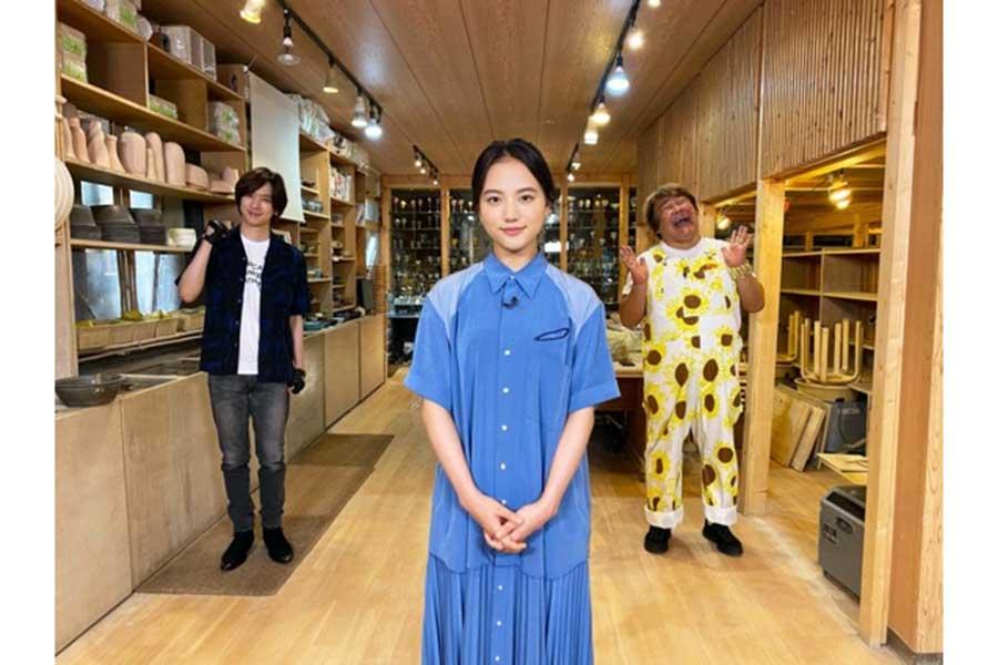 """ブレーク女優の清原果耶が食リポに挑戦! 好物のオムライスで""""ドキドキ""""の体験"""
