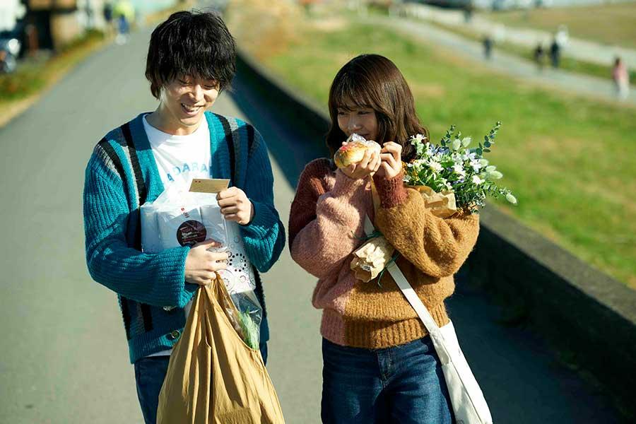 映画「花束みたいな恋をした」【写真:(C)2021『花束みたいな恋をした』製作委員会】